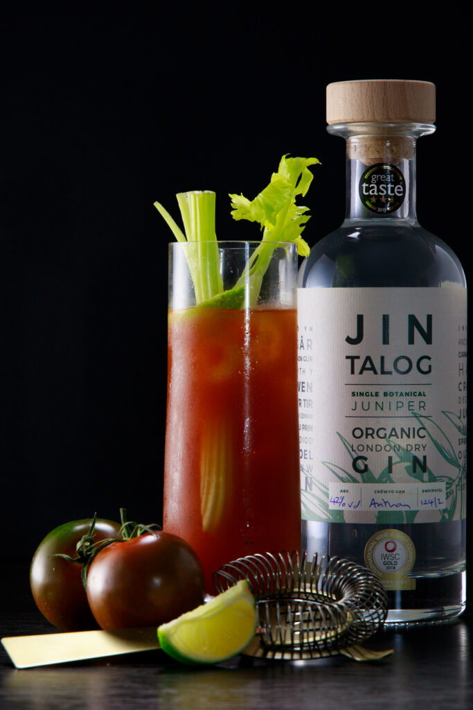 Jin Talog The Delyth Dolig Gin Cocktail